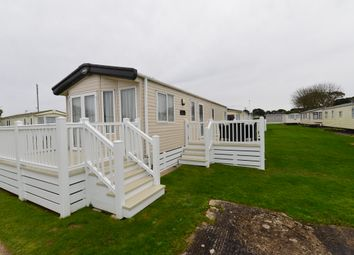 3 bed mobile/park home for sale in Naish Estate, New Milton BH25