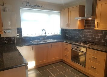 Thumbnail 3 bedroom terraced house to rent in Lakers Rise, Banstead