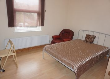Thumbnail Room to rent in Burns Road, Alperton