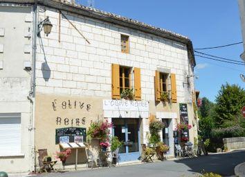 Thumbnail Pub/bar for sale in Mareuil, Dordogne, France