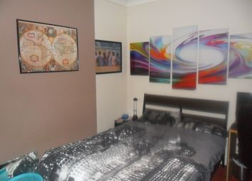 Thumbnail 3 bedroom end terrace house to rent in Oxford Road, Reading