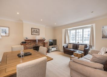 Thumbnail 2 bedroom flat to rent in Marsham Chambers, Station Road, Gerrards Cross, Bucks