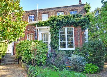 Thumbnail 3 bedroom flat for sale in Macartney House, Chesterfield Walk, Greenwich, London