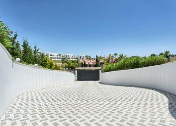 Thumbnail 5 bed villa for sale in Haza Del Conde, Nueva Andalucia, Costa Del Sol, Andalusia, Spain