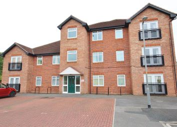 Thumbnail 2 bedroom flat for sale in Holmes Avenue, Selby