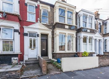Thumbnail 2 bed flat for sale in Glyn Road, London