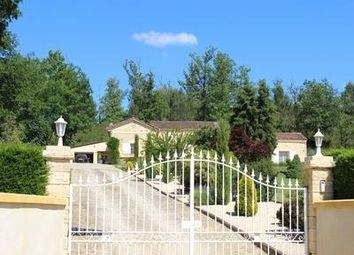 Thumbnail 4 bed villa for sale in Monsempron-Libos, Lot-Et-Garonne, France