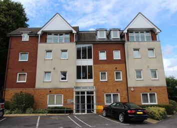 Thumbnail 2 bedroom flat for sale in Marion House, Bastins Close, Park Gate, Southampton
