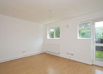Thumbnail 2 bed maisonette to rent in Bracklyn Court, Hoxton