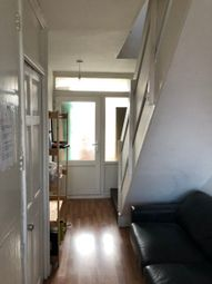 3 bed flat for sale in Noble Court, Cable Street, London E1