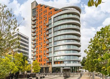 Thumbnail Flat to rent in Putney Wharf Tower, Brewhouse Lane, London