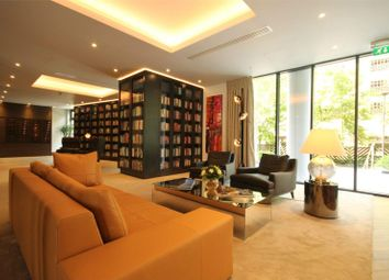 Thumbnail 1 bed property for sale in Park Vista Tower, Cobblestone Square, Wapping, London
