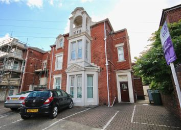 2 bed flat to rent in St. Andrews Road, Southsea PO5