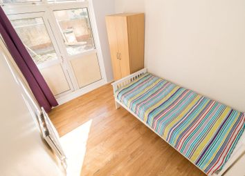 Thumbnail 5 bed shared accommodation to rent in Tidey Street, London