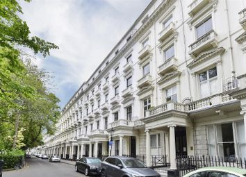 Thumbnail 1 bed flat for sale in Queens Gardens, London