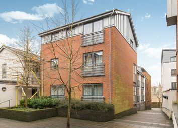 Thumbnail 2 bed flat for sale in Staple Gardens, Winchester