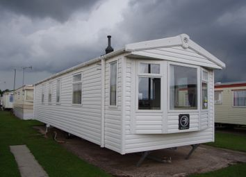 3 bed mobile/park home for sale in Rhyl, Rhyl LL18