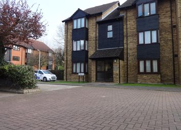 Thumbnail Studio to rent in Turnpike Lane, Uxbridge, Middlesex