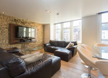 Thumbnail 3 bed flat to rent in Hazelbourne Road, First Floor Flat, Clapham South, London
