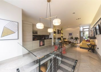 Thumbnail 2 bed flat for sale in New Kings Road, Parsons Green, Fulham
