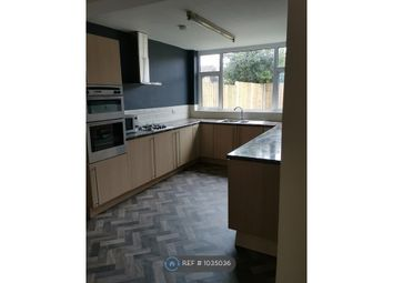 3 bed semi-detached house to rent in Kings Avenue, Flint CH6