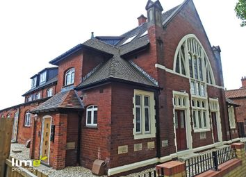 2 bed flat to rent in Southcoates Avenue, Hull, East Yorkshire HU9