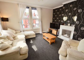 2 bed flat for sale in William Avenue, Leeds LS15