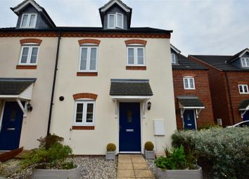 Thumbnail 3 bed town house for sale in Quarry Close, Northfleet, Gravesend