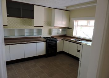 Thumbnail 2 bedroom flat to rent in The Square, Titchfield, Fareham