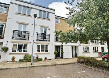 Thumbnail 5 bed town house for sale in Hemsley Road, Kings Langley