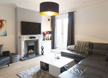Thumbnail 3 bed flat for sale in High Street, Ascot, Berkshire