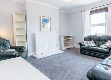 Thumbnail 2 bedroom flat to rent in Ferme Park Road, London
