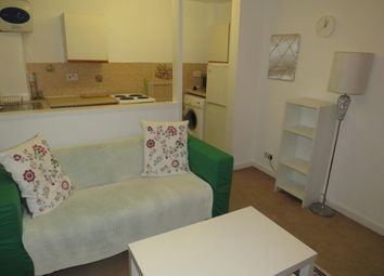 Thumbnail 1 bed property to rent in Headingley Avenue, Headingley, Leeds