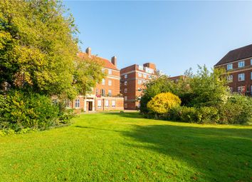 2 bed flat for sale in Woodstock Close, Oxford OX2