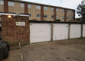 Thumbnail Parking/garage to rent in Park Farm Close, East Finchley