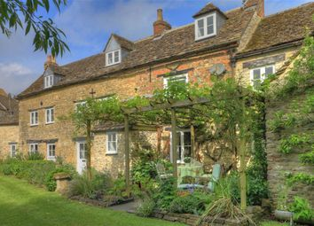 Thumbnail 4 bed cottage for sale in Goosebridge Cottage, 37-41, St John Street, Malmesbury, Wiltshire