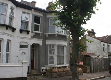 Thumbnail 2 bed flat to rent in Wesley Road, Southend-On-Sea