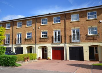 4 bed property for sale in Wittering Close, Kingston Upon Thames KT2