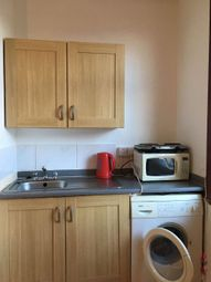 1 bed flat to rent in Truro Road, Palmers Green N22
