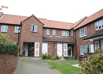 Thumbnail 2 bedroom flat for sale in Arnoldfield Court, Gonerby Road, Gonerby Hill Foot, Grantham