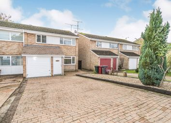 Room to rent in Queensway, Caversham, Reading RG4