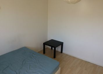 Thumbnail Room to rent in Purdy Street, Bow