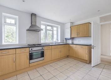 2 bed maisonette to rent in Richmond Road, London SW20