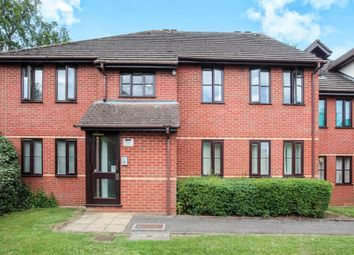 Thumbnail 2 bedroom flat for sale in Station Road, Harpenden