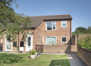 Thumbnail 2 bed flat for sale in Sadlers Court, Abingdon