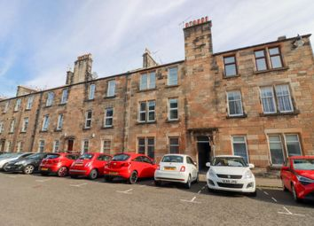 Thumbnail 2 bed flat for sale in 4F, Bruce Street, Stirling