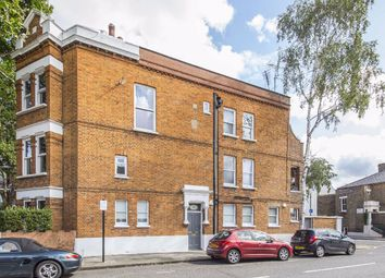 Thumbnail 1 bed flat for sale in Cremorne Road, London