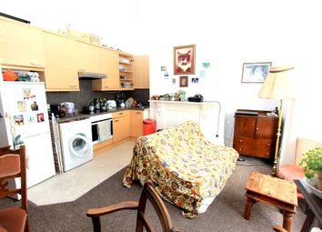 3 bed maisonette to rent in Grafton Street, Brighton BN2