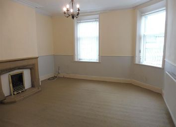 Thumbnail 3 bed flat to rent in King Cross Road, Halifax
