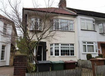 Thumbnail 2 bedroom maisonette for sale in Forest Side, North Chigford, London